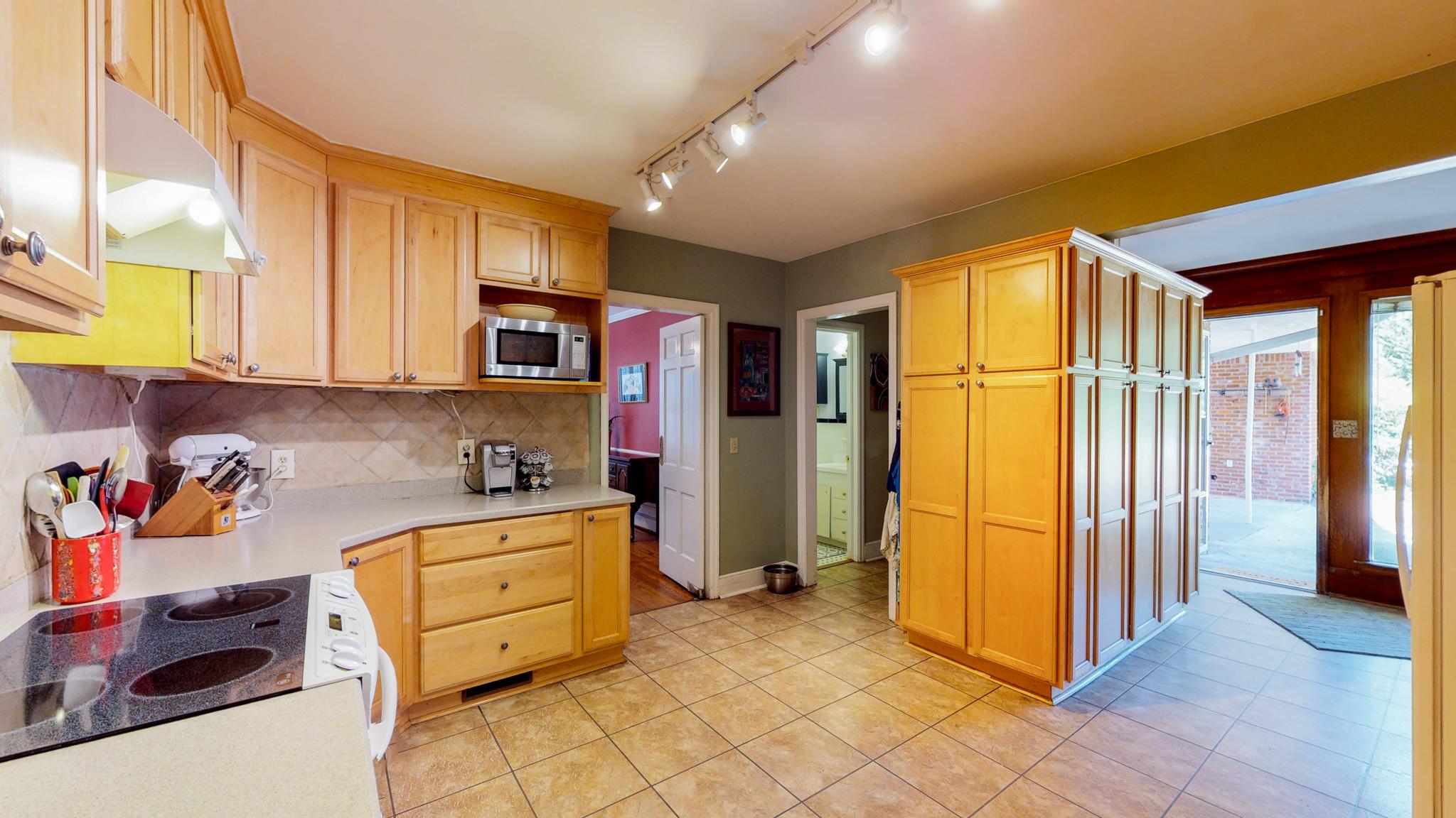 1373 Kathwood Drive_MLS size-6